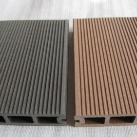 outdoor-laminate-wood-flooring
