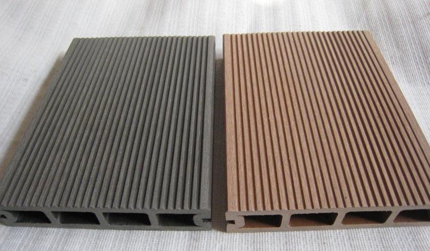outdoor-laminate-wood-flooring